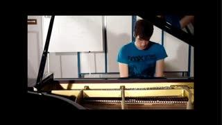 آهنگ شرلوک هلمز با پیانو