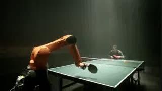 تنیس روی میز با روبات