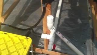 (هیدرو پونیک عمودی)    : سامانه ی آب گردشی عمودی دست ساز