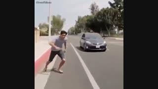 سوار شدن به ماشین با سر عت نور