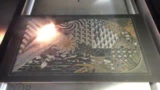 هنرنمایی روی فلز با اشعه لیزر