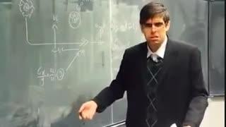 ببینید استاد چه جوری به سوال پسرا جواب میده چه جوری به سوال دخترا