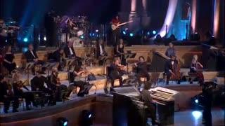 موسیقی هیجان انگیزی از آهنگساز بزرگ « یانی »