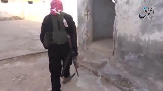 فرار نیروهای سوری از پادگان بزرگ تدمر پس از تسلط تروریست های داعش بر این منطقه