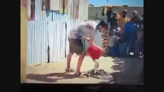 شعبده بازی با یک سطل