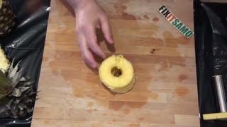4 روش پوست کندن آناناس