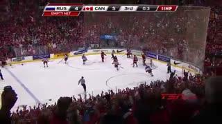 فینال جام قهرمانی هاکی روی یخ جهان ( کانادا - روسیه )