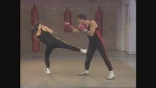 ساواته8 -تکنیک های لگدزنی دفاعی - از سری فیلم های آموزش هنر های رزمی و دفاع شخصی کوثرپرداز