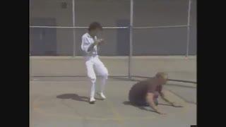 ساواته 9 - مبارزه در شرایط واقعی - از سری آلبوم های آموزش هنرهای رزمی و دفاع شخصی کوثرپرداز
