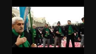 فیلم مراسم عزاداری هیئت رهروان شهدای نیاک دریکی از صحن های حرم امام رضا (ع) 1393