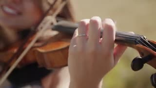 کاور ویولون ( Zelda's Lullaby) از ( Taylor Davis )