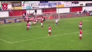 اتفاق عجیب در مسابقات #فوتبال هلند؛ وقتی داور گل میزند!