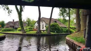 Giethoorn Dream village In Netherlands