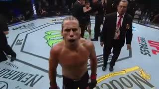 مبارزه کامل یورایا فیبر با ریکی سایمون در مسابقات یو اف سی فایت نایت 155